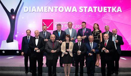 Diamentowa Statuetka Przedsiebiorstwo Fair Play dla Ocmera gala
