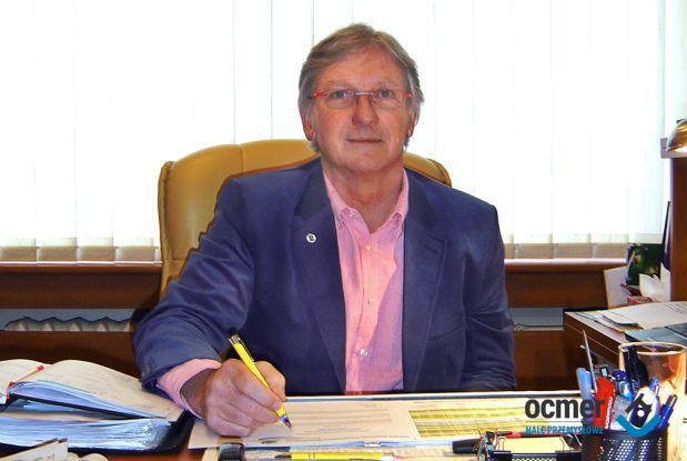 CEO Krzysztof Bednarek
